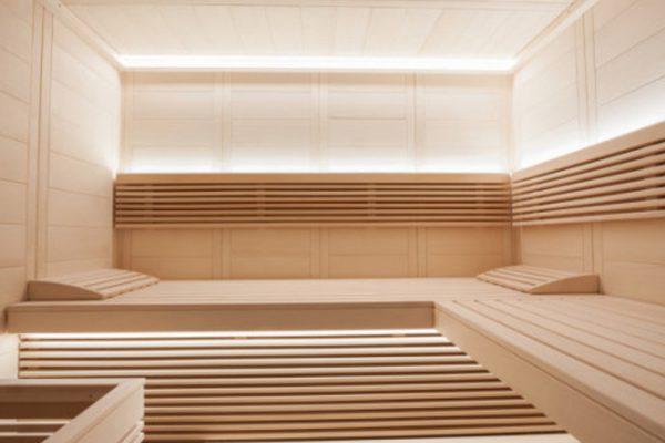 Intérieur sauna en épicea finlandais finition sur mesure