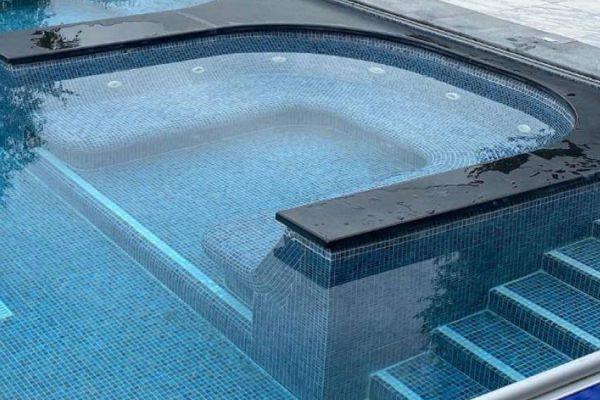 Magasin piscine et spa carrelé Lille Hauts de France