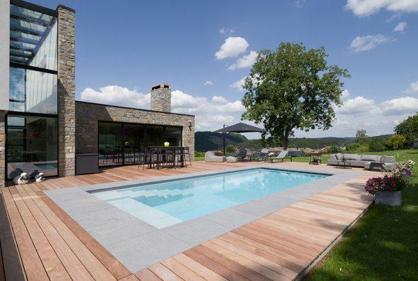 Vente et installation de piscines coque composite Lille Arras Le Touquet