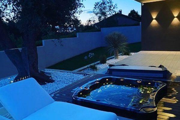 Vente de spa enterré détente et relaxation privatif